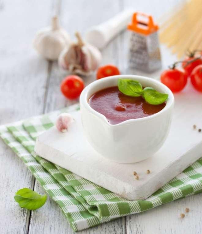 Receita de sopa de tomate fácil, saudável, deliciosa e sem glúten