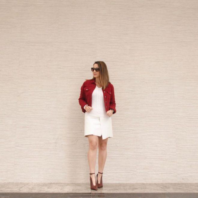Inspire-se no look branco e nas dicas de moda acessível de Fê Gonçalves, do Blog A Melhor Escolha.