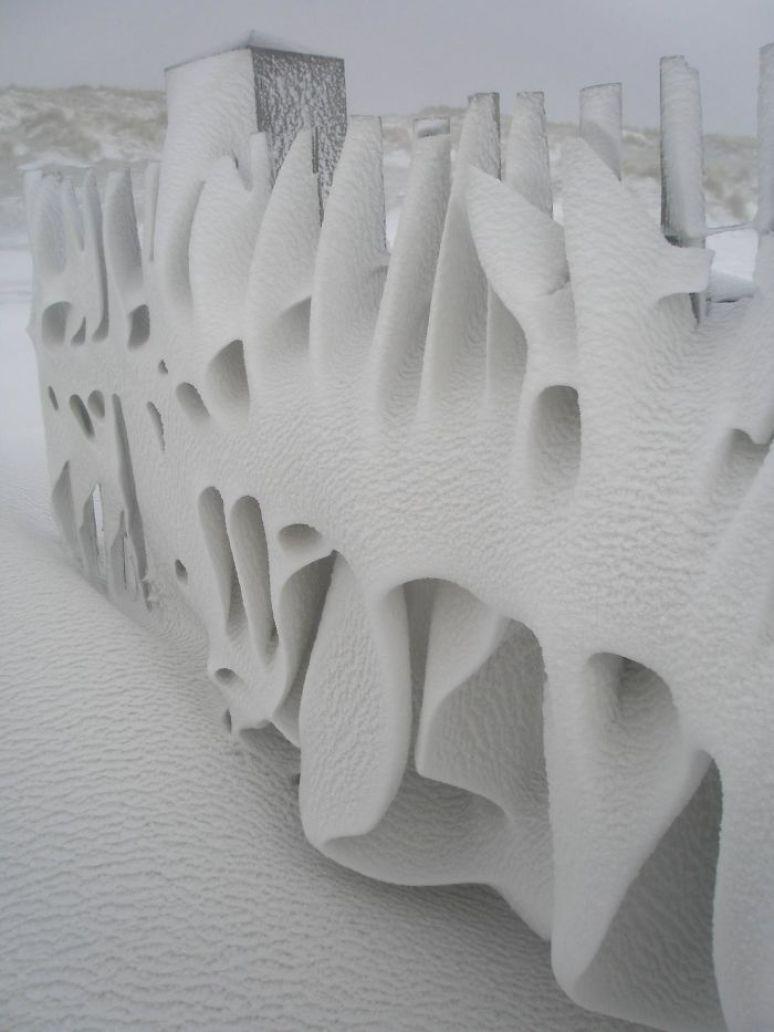 Kar Yagisi Sonrasi Medyana Gelen Ilginc Resimler 24