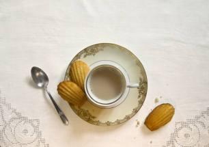 écrire repas et nourriture - madeleines