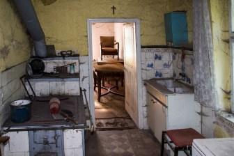 Couple soudé - vieille cuisine