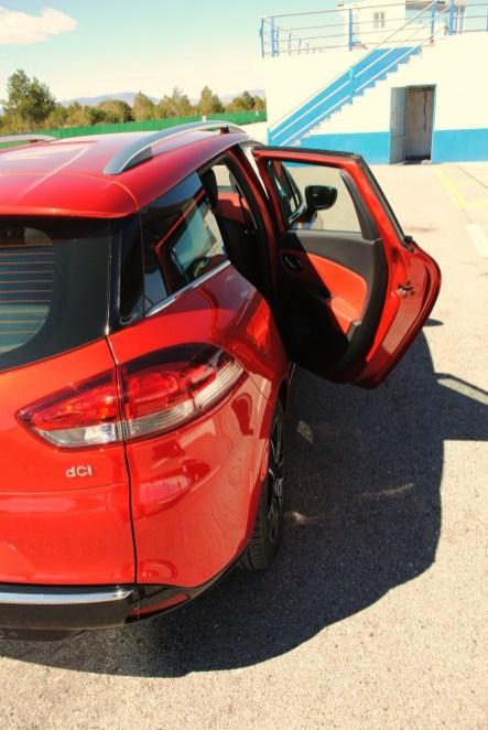 CLIO ESTATE RS 232