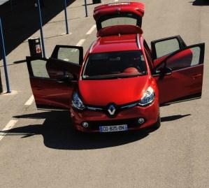 CLIO ESTATE RS 246