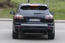 Porsche Cayenne 2014 Spyshot (2)