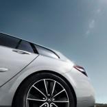 Renault_46483_global_fr