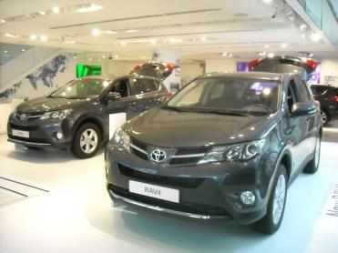Toyota Rav4 (3)
