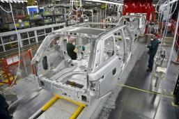 lr_range_rover_sport_manufacturing_003