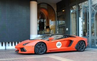 Lamborghini Aventador (2)
