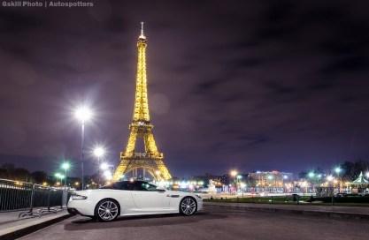 Gauv et Aston Martin Volante