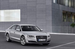 2014-Audi-A8-14[2]