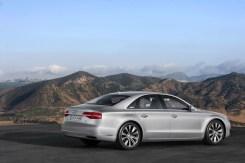 2014-Audi-A8-9[2]