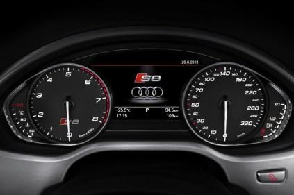 2014-Audi-S8-22[2]