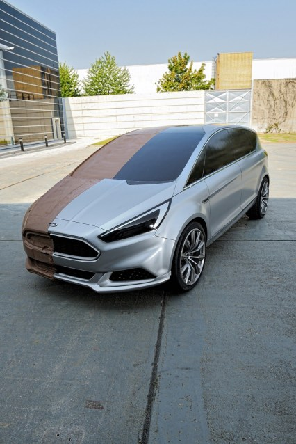 Ford-S-MAX-Concept-70[2]