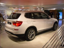 BMW X3 LCI (3) Closed Room