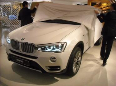 Dévoilement BMW X3 LCI Closed Room