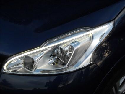 Peugeot 208 GTi (1)