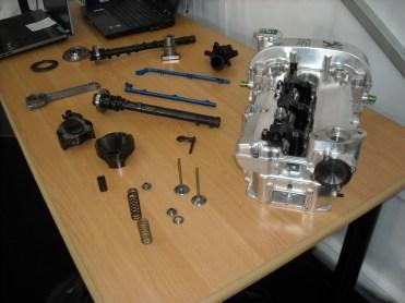 Eclaté_moteur 208 HYbrid FE