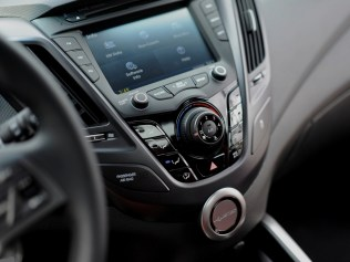 Hyundai-Veloster-R-Spec-18