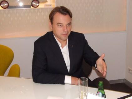 Laurens Van Den Acker (9)