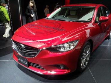 Mazda 3 Axela (2)