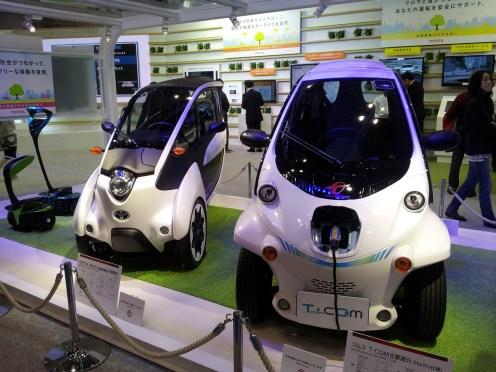 Toyota i-Road et T-Com