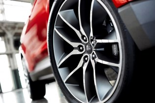 Ford-Edge-Concept-2015_13[2]