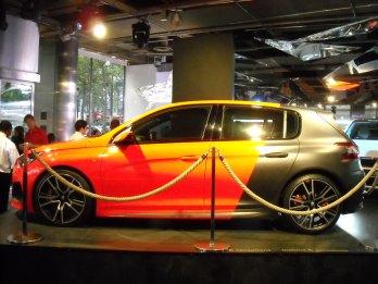 Peugeot 308 R Concept (11)