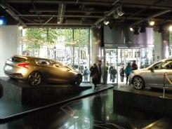Peugeot Avenue (2)