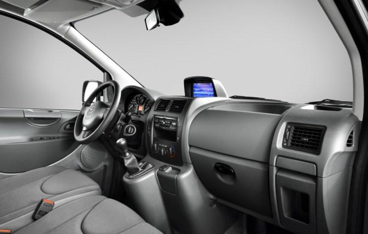 Toyota ProAce 2014 (9)