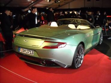 Aston Martin Vanquish Volante (1)