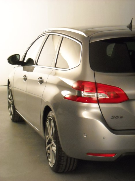 Peugeot 308 SW 2014 (5)