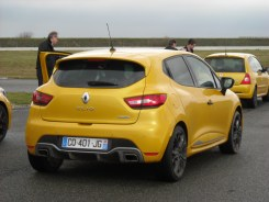 Renault Clio IV RS 200 EDC (1)