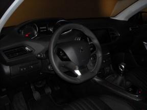Tableau de bord Peugeot 308 (5)