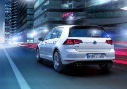 VW-Golf-GTE-1