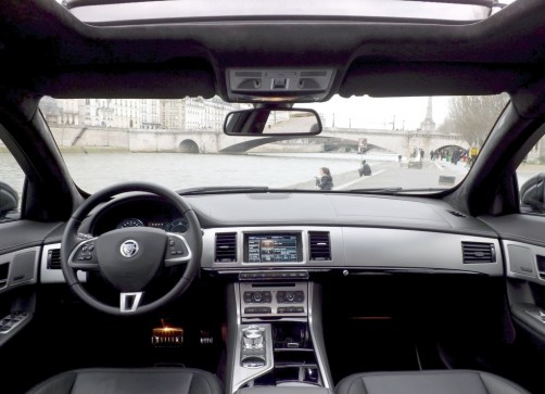 Jaguar XF Sportbrake 10