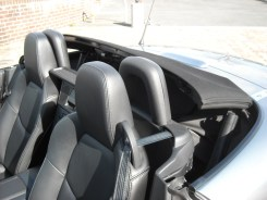 Manipulation Capote Mazda MX-5 (2)