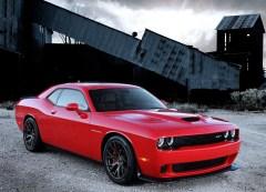 Dodge-Challenger_SRT_Hellcat_2015.4
