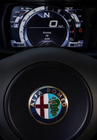 Alfa_Romeo-4C_Spec USA.16