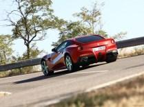Ferrari-F12berlinetta_2013_1600x1200_wallpaper_85