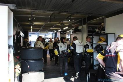 stands-corvette-racing-24HLM-10