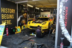 stands-corvette-racing-24HLM-27