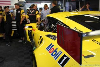 stands-corvette-racing-24HLM-67