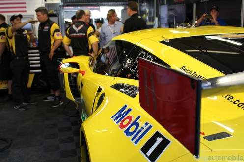stands-corvette-racing-24HLM-67