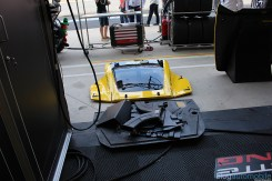 stands-corvette-racing-24HLM-71