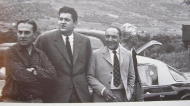 Gianni Lancia devant une D20 en 1953