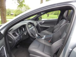 Volvo V60 D6 AWD Plug-in Hybrid 34