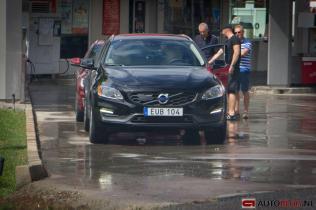 Volvo V60 CrossCountry spyhots par Autoblog