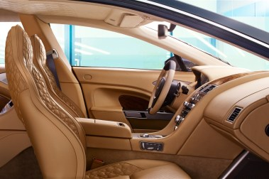 aston-martin-lagonda-front-interior