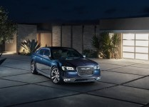 Chrysler-300C-2015-02