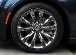 Chrysler-300C-2015-05